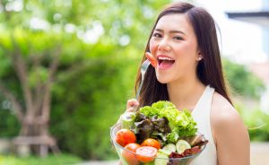 eat healthy veggies to avoid dry mouth